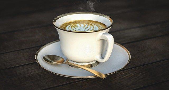 コーヒー用の植物性ミルク「バリスタ オーツミルク」が発売された